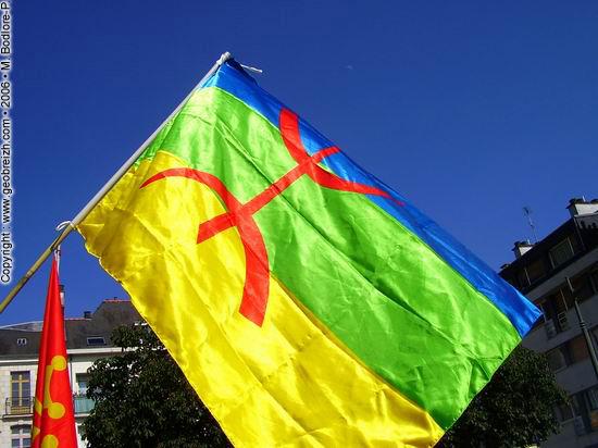 drapeaukabyle2.jpg